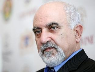 Սխալ է խոսել Ցեղասպանությունից եւ չխոսել ռուս-թուրքական պայմանագրից. Հայրիկյան